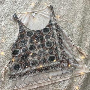 Others follow size small patterned tank top